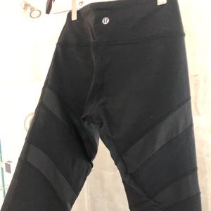 lululemon athletica Pants - Lululemon ribbon detail stirrup leggings